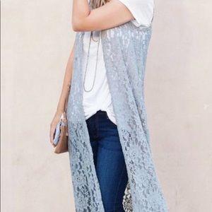 Lularoe lace joy vest size small